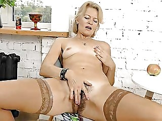 Hairy Pantyhose Videos